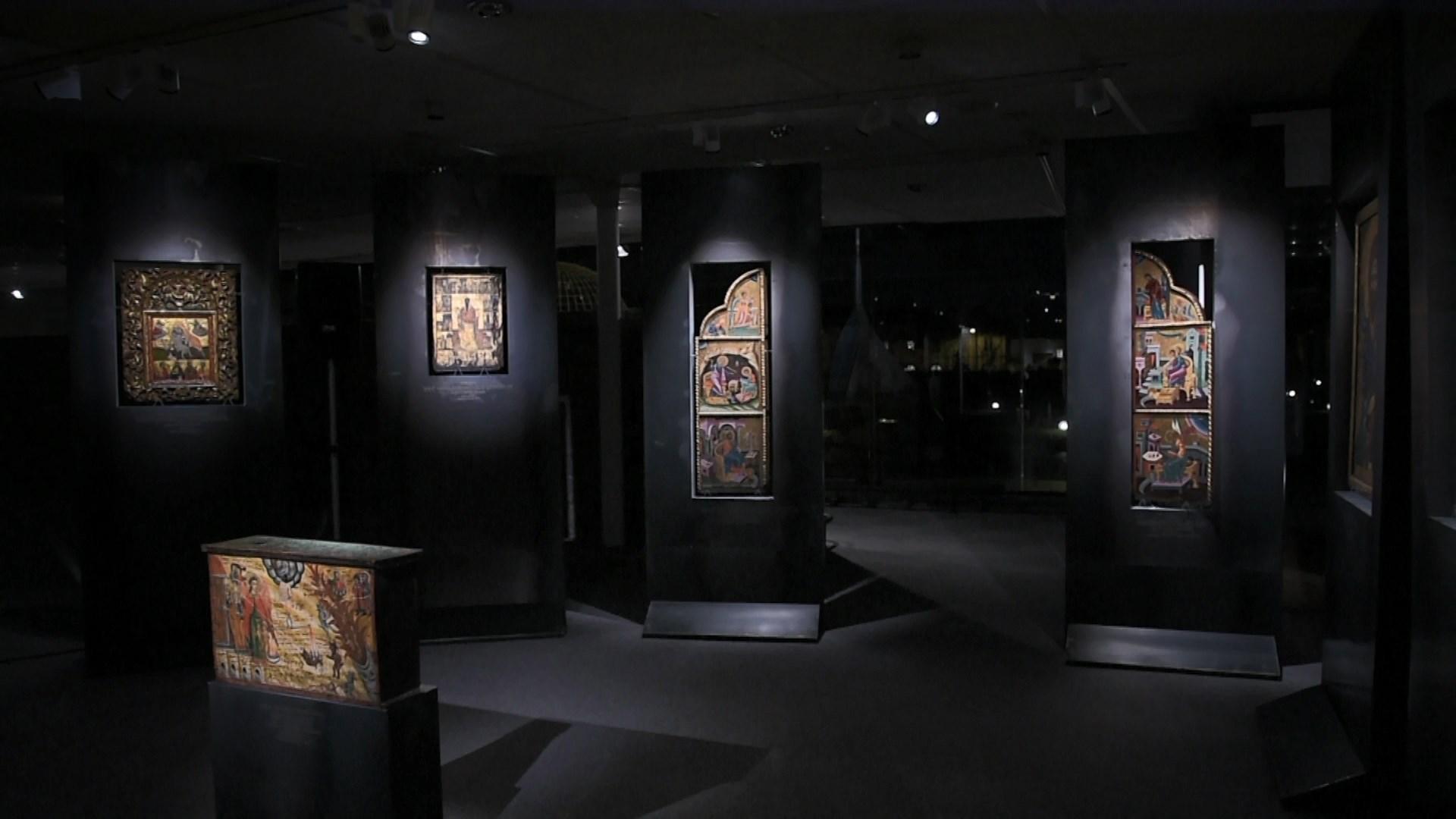 Koleksioni i rrallë i ikonave të artit bizantin prezantohet në Paris