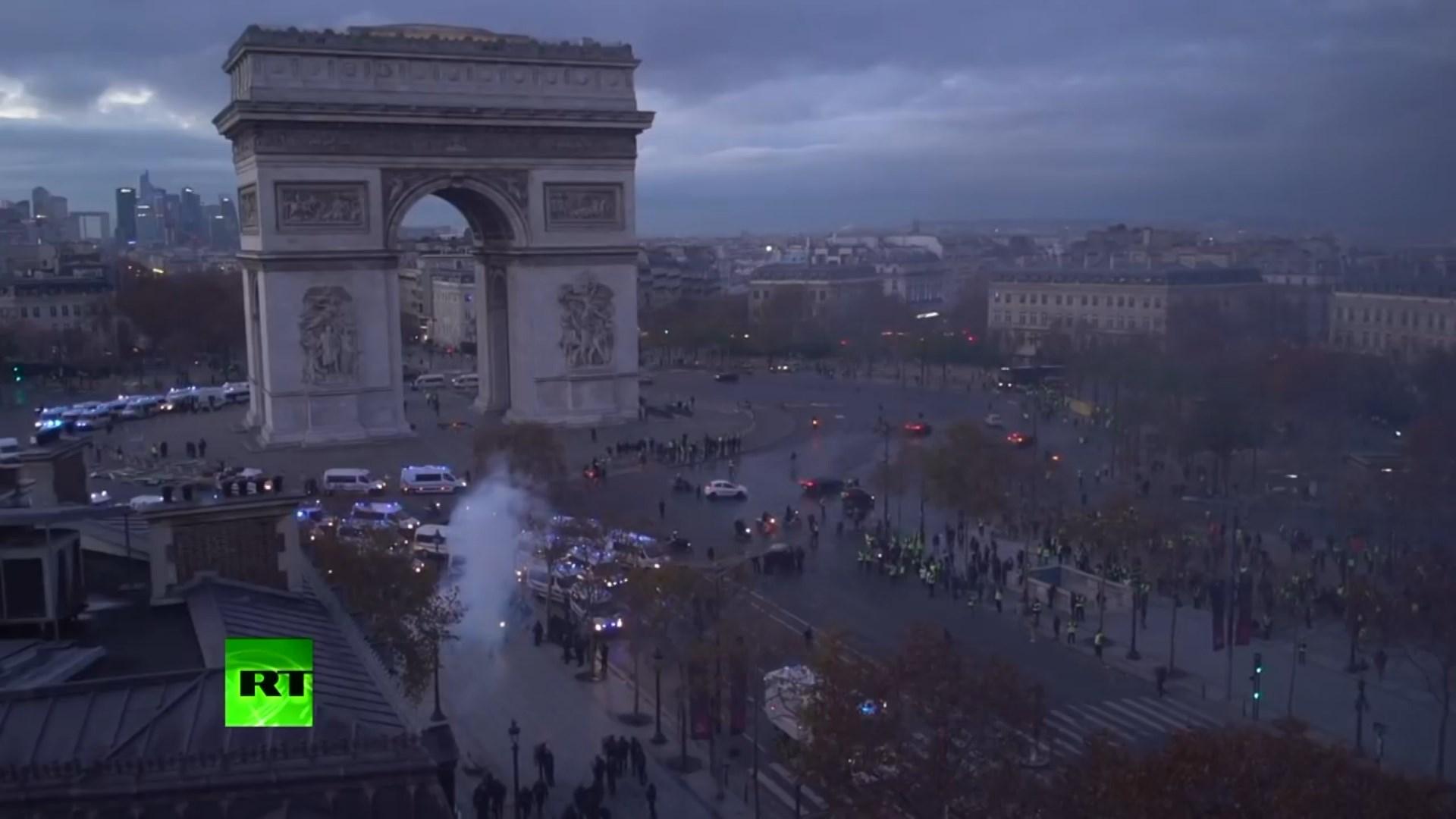 """Francë, """"Jelekët e Verdhë"""" paralajmërojnë protestë të re me 1 dhjetor"""
