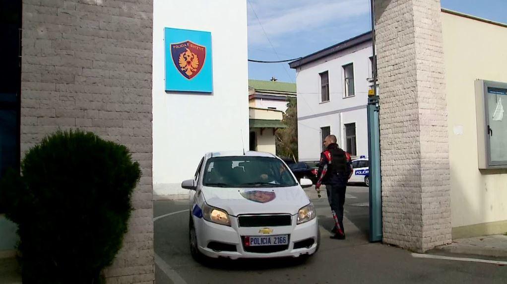 Aksion në Elbasan, ndalohet 1 person me bombë me vete