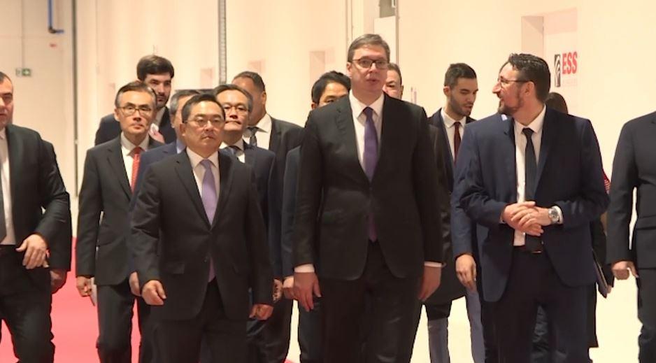 Taksa e Prishtinës, Vuçiç me opsione të kufizuara