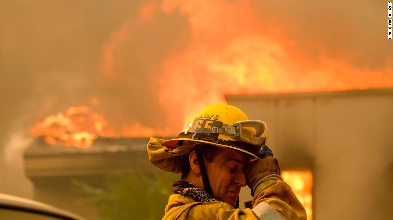 Avancojnë zjarret në shtetin e Kalifornisë