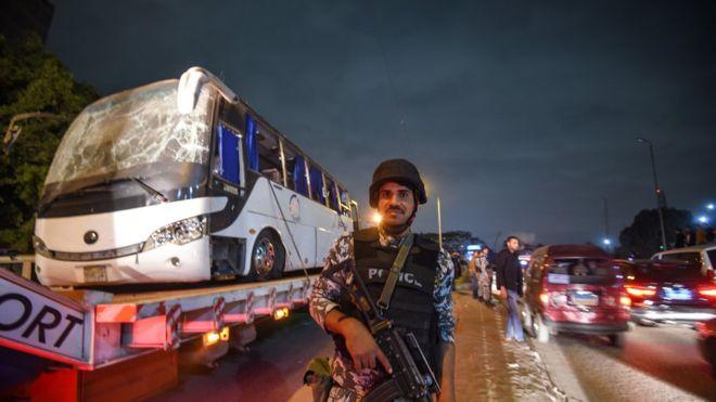 Sulmuan turistët, qeveria ekzekuton 40 terroristë në Egjipt