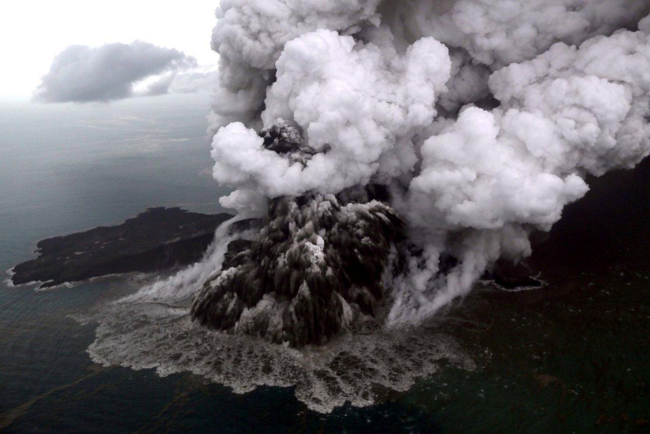 181223-tsunami-indonesia-al-1256_884dfb45be48695ea4fe064757895838-1280x854.jpg