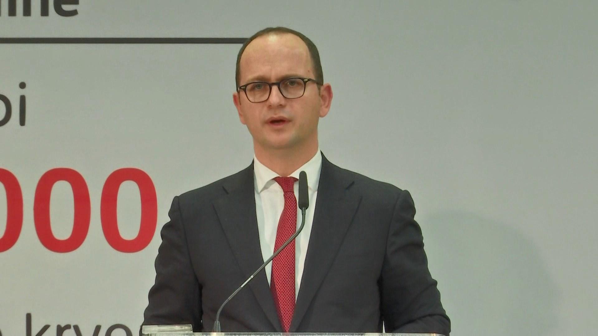 Në janar hiqet çertifikimi i përkthimit të dokumentit për shqiptarët në Itali