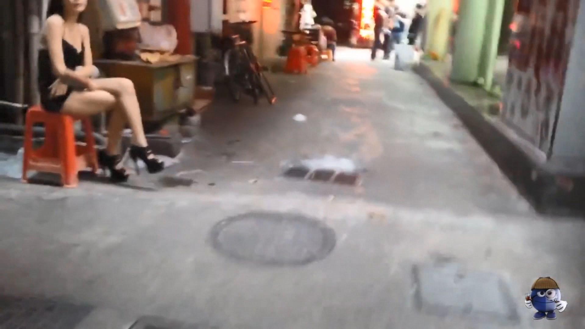 Qeveria kineze heq dorë nga riedukimi i prostitutave dhe klientëve të tyre