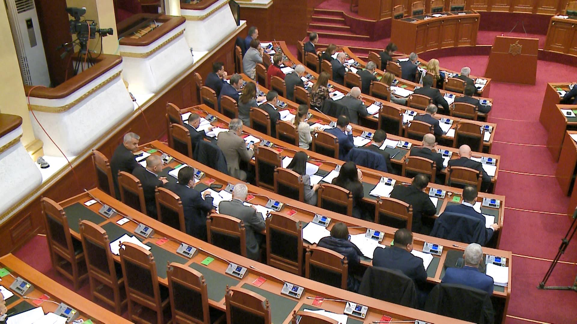 Pranuan mandatet, zbulohen pasuritë që kanë deklaruar deputetët e opozitës së re