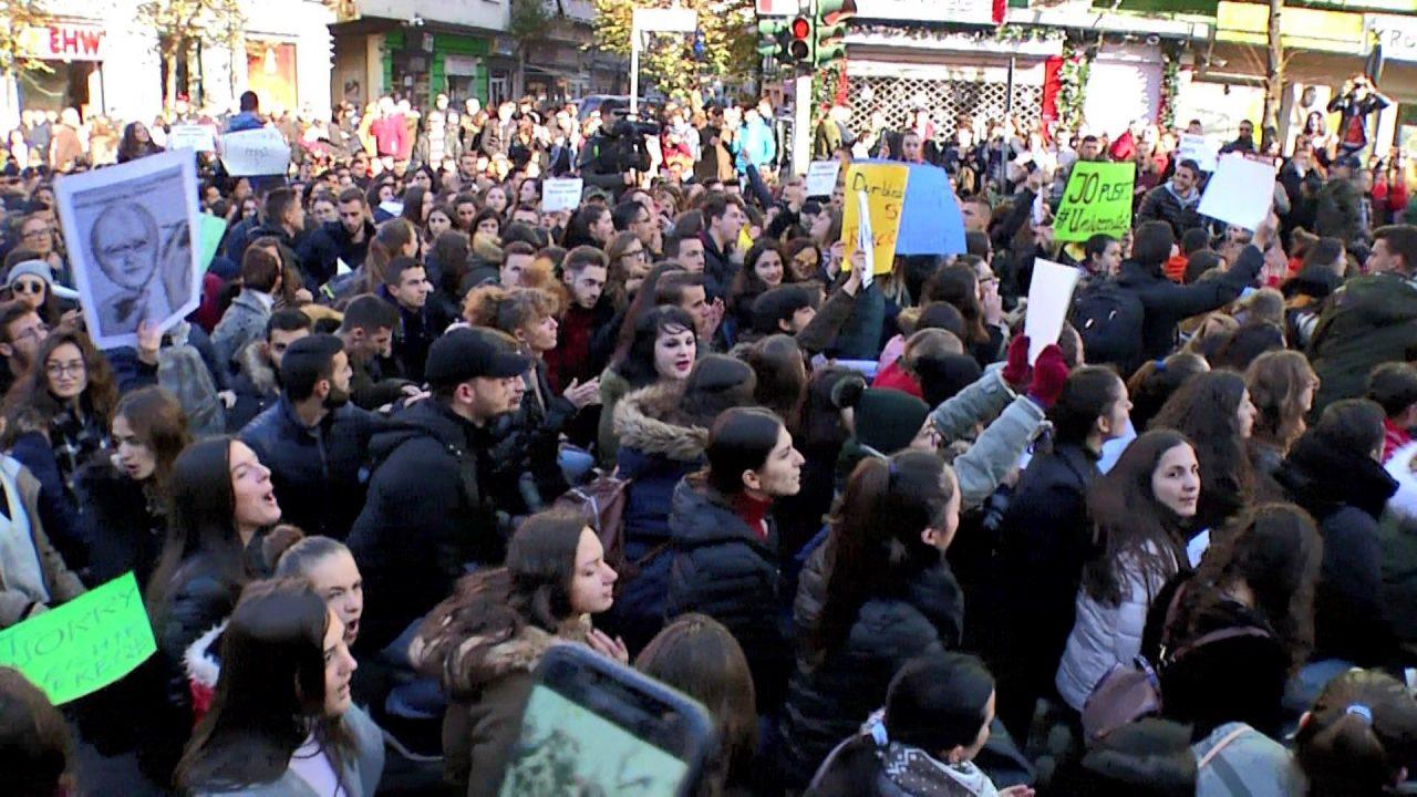 PROTESTA-E-STUDENTVE-TIRANE-1280x720.jpg