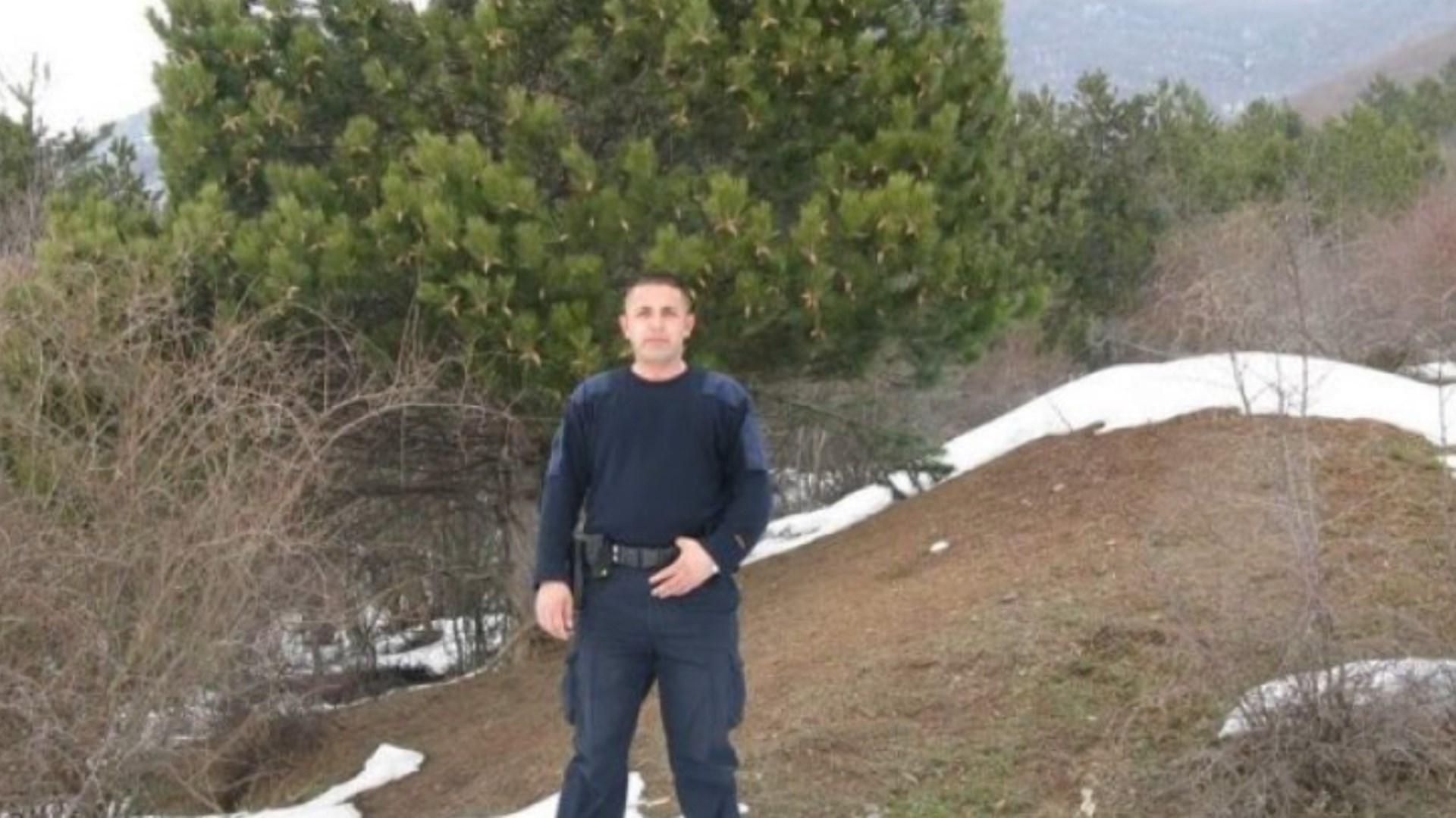 Drejtues të shtetit në Kosove nderuan policin e rënë në krye të detyrës