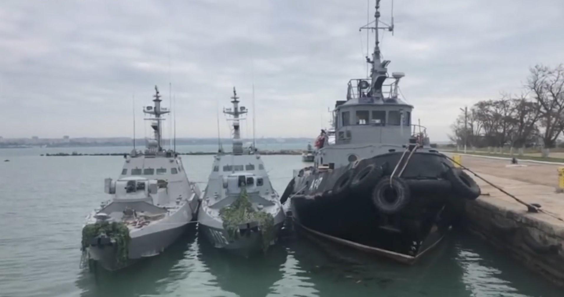Rusia lejon pjesërisht trafikun në detin Azov