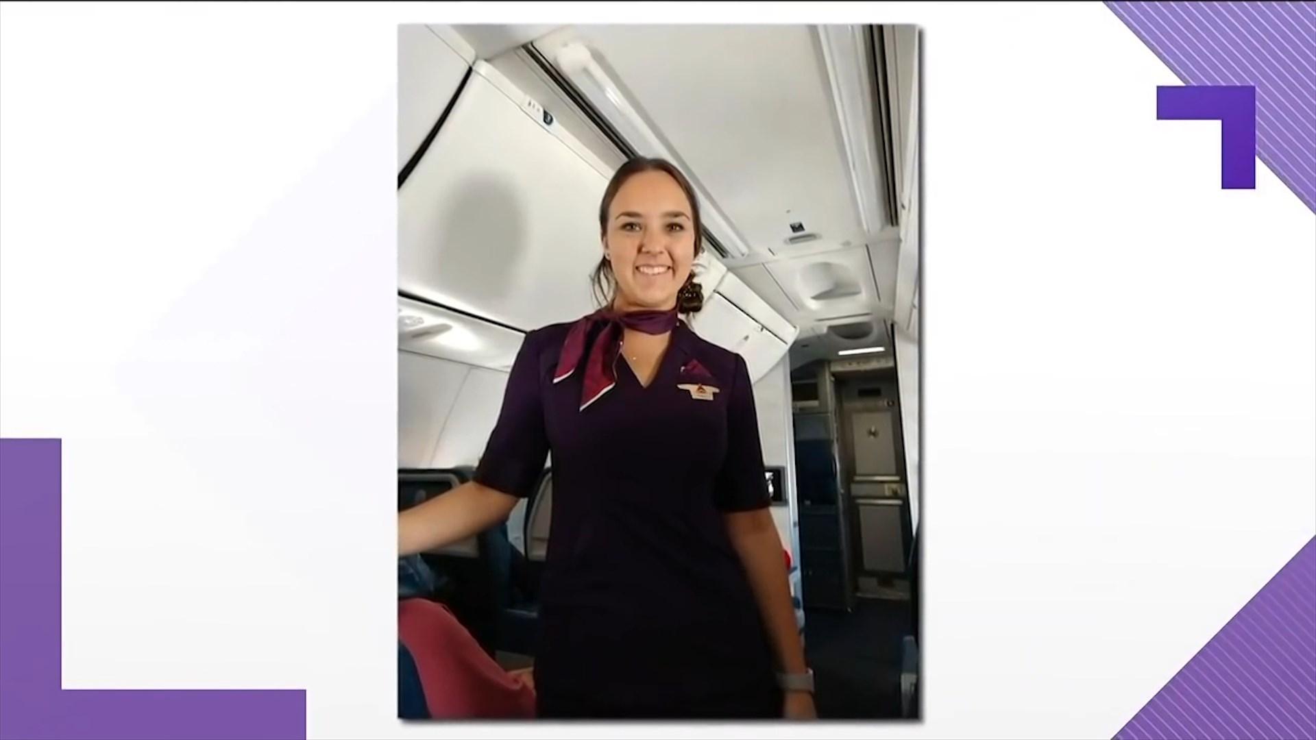 Vajza stjuardesë në punë për Krishtlindje, babai në të gjitha fluturimet
