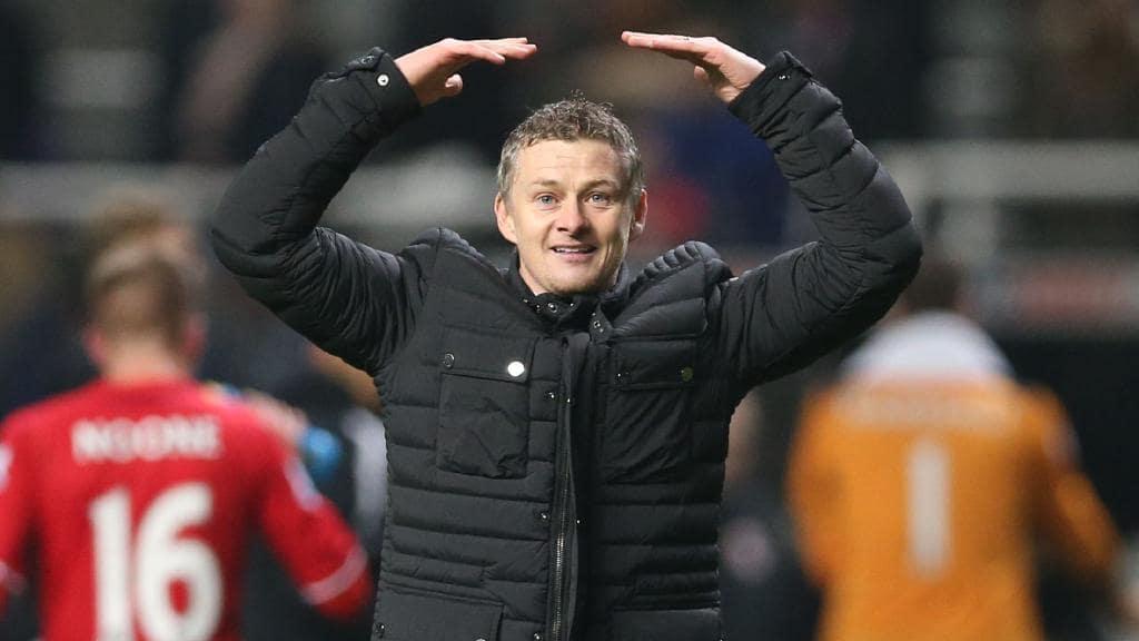 Manchester United emëron trajnerin e përkohshëm