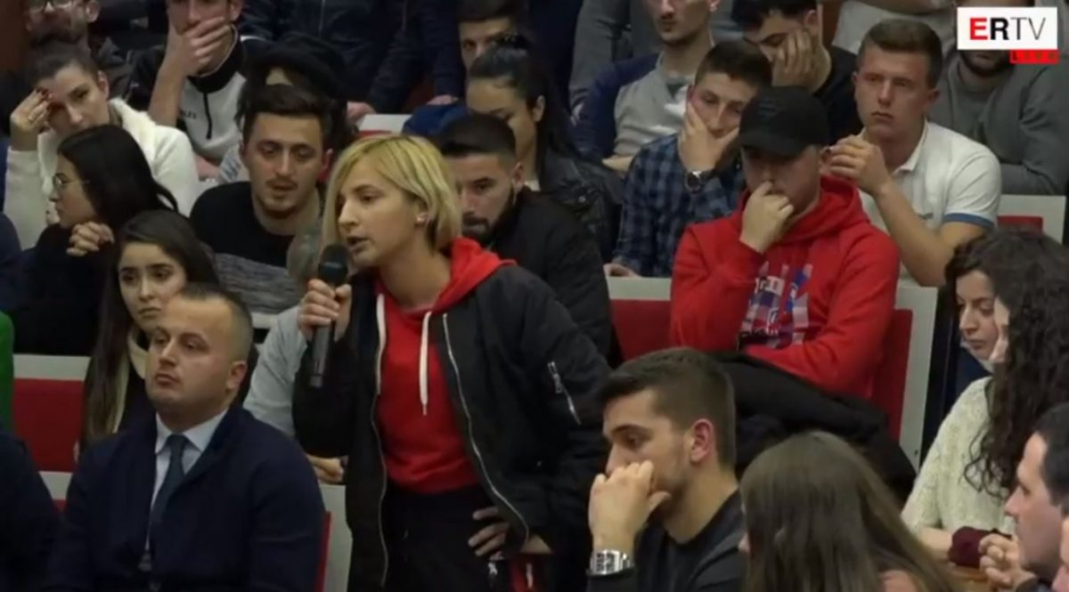 Studentët e Universitetit Politeknik braktisin mbledhjen me Ramën