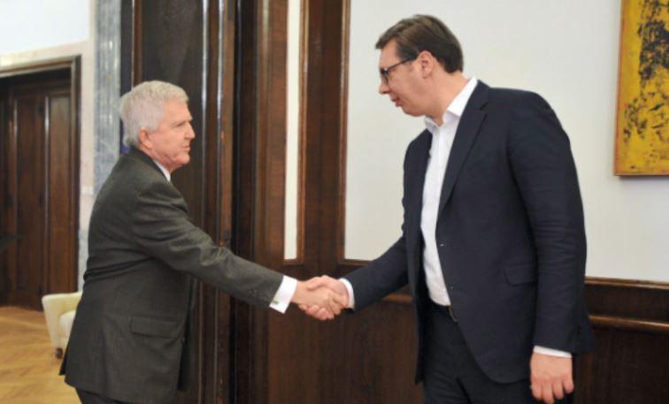 Taksa për produktet serbe, Vuçiç i kërkon ndihmë ambasadorit amerikan