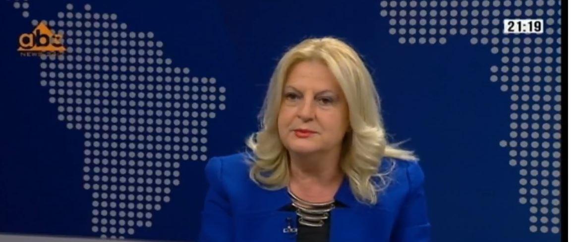Edita Tahiri: Prekja e kufijve çon në luftë, Thaçi e Rama të tërhiqen