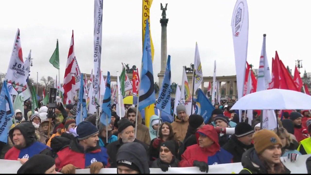 HUNGARI-PROTESTA-MBULIM_ABC-M2-T1.mpg_snapshot_00.02-1280x720.jpg