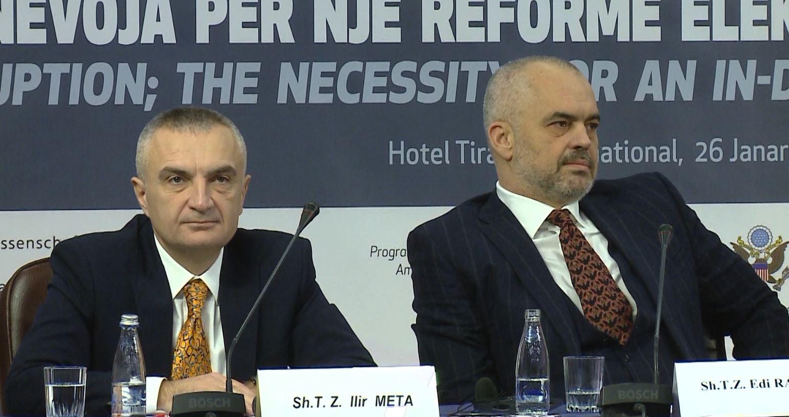 """Grupi i PS vendos për dekretet e Presidentit: Jo ligjit """"për noterinë"""""""