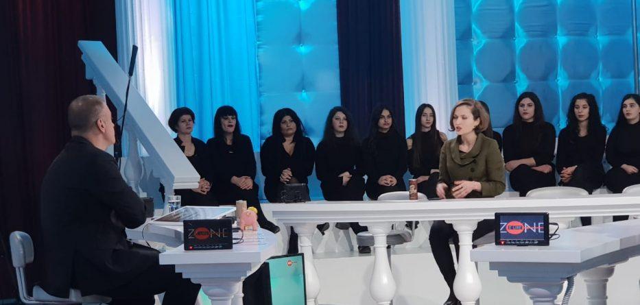 Paralajmëruan pezullimin e mësimit, ministrja u përgjigjet pedagogëve