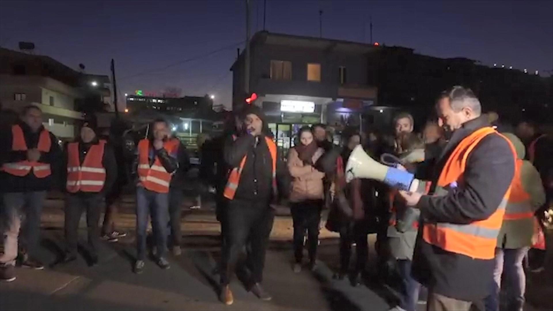VIDEO/ Demokratët, katër akuza drejtuesve të policisë pas arrestimeve tek Unaza e Re