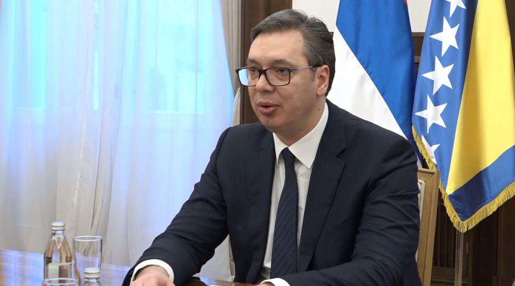 """Vuçiç: Serbët preferojnë një """"konflikt të ngrirë"""" me Kosovën"""