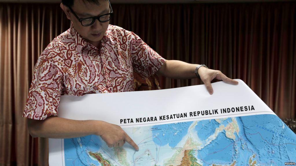 """Indonezi, gjendet kutia e zezë e avionit të linjës """"Lion Air"""""""