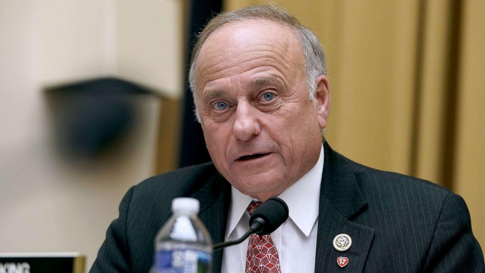 Deputeti republikan shkarkohet nga të gjitha postet e tij