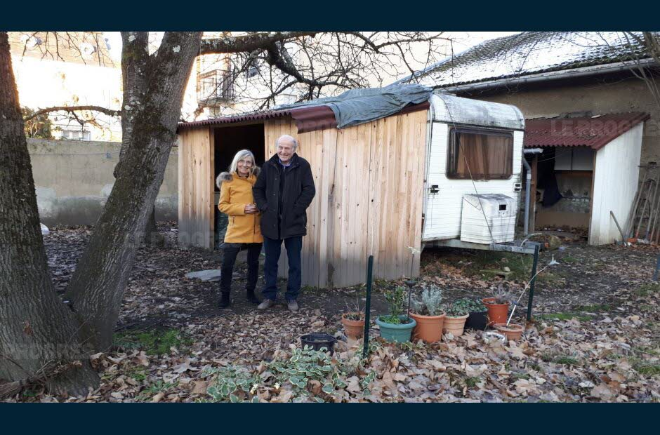 Njihuni me çiftin francez, i hapi derën familjes shqiptare