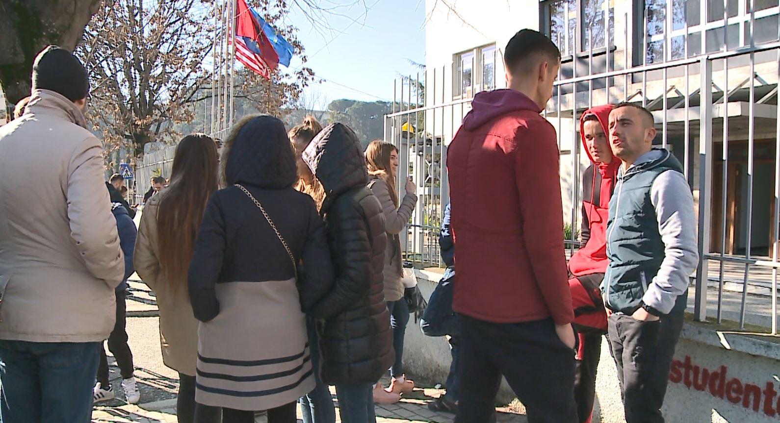 Protesta e studentëve, ngujimi në auditore vijon edhe në fundjavë