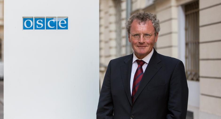OSBE: Vendimi i deputetëve të opozitës, heqje dorë nga përgjegjësia