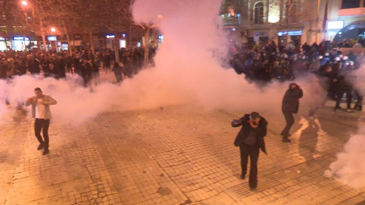 Mediat ndërkombëtare jehonë protestës së opozitës