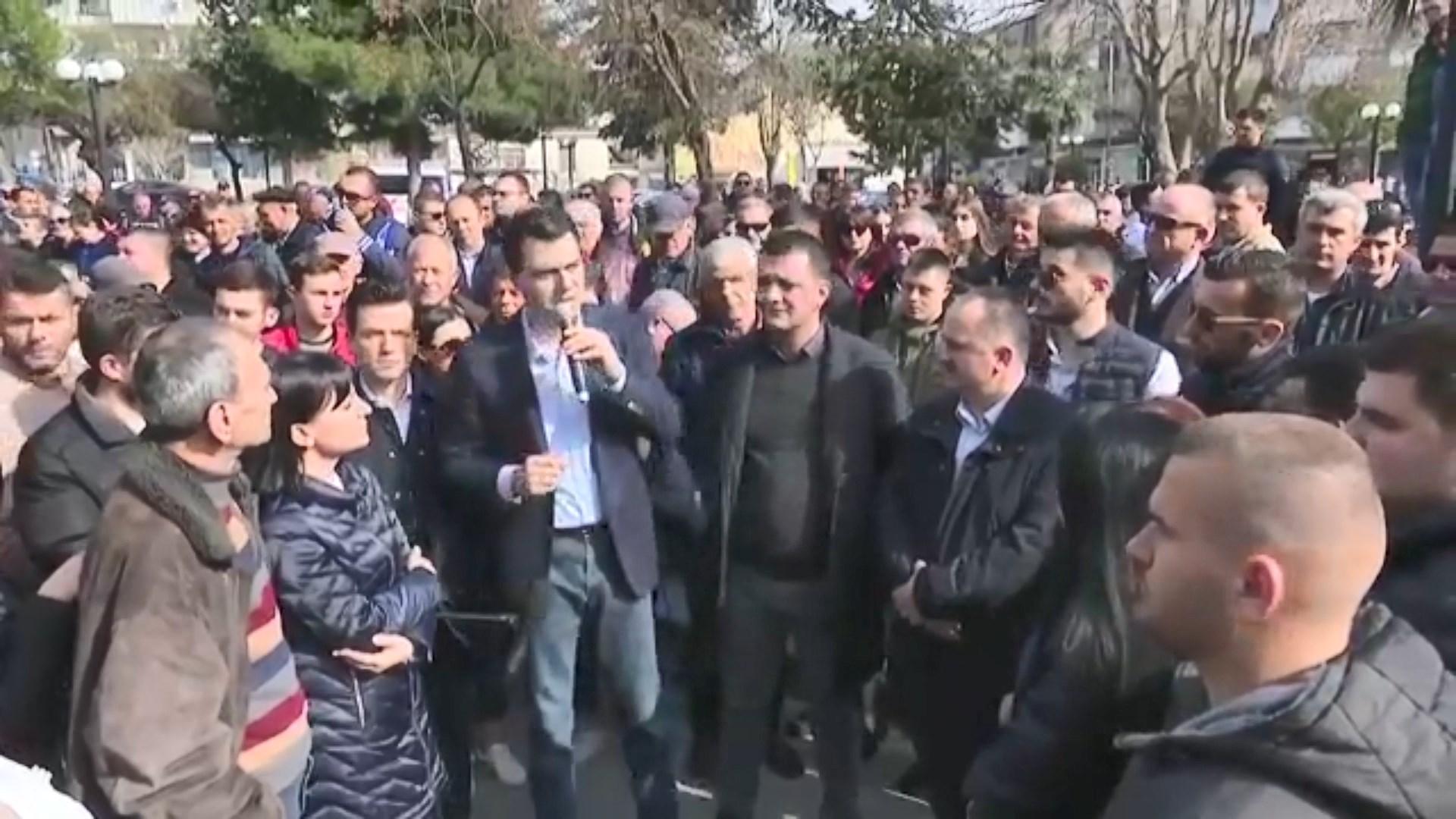Basha në Vlorë: Fund qeverisë që punon për 4-5 njerëz