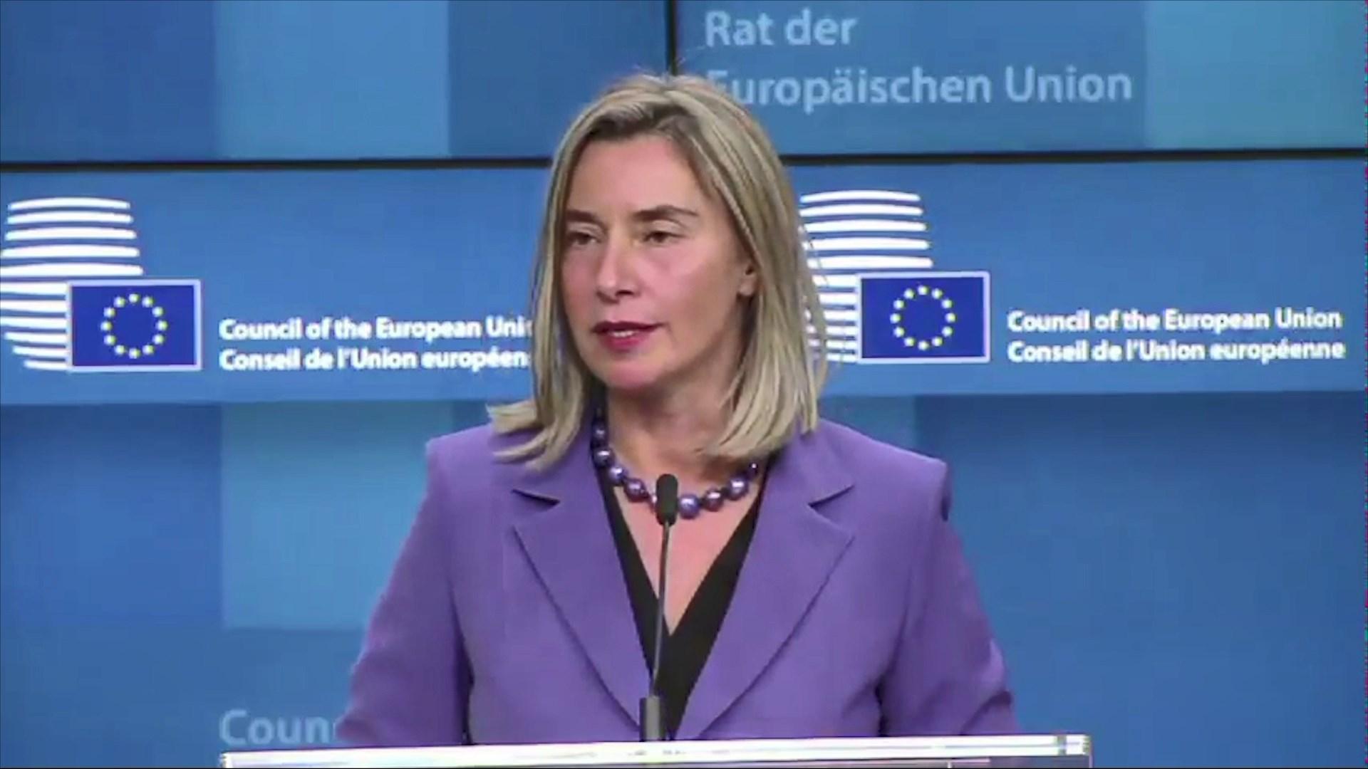 Mogherini për dialogun Kosovë-Serbi: Nuk ka raund të ri pa u hequr taksa