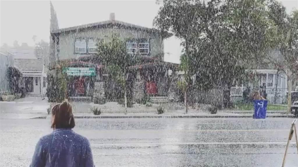 Reshje dëbore në Los Angeles, nuk ndodhte që nga viti 1949