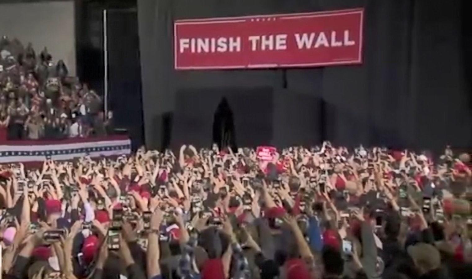Trump nis turin për të bindur amerikanet për murin me Meksikën