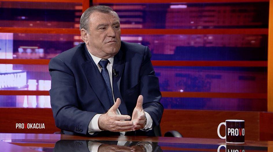 Do të kandidoni për Bashkinë e Durrësit? Si përgjigjet Agron Duka