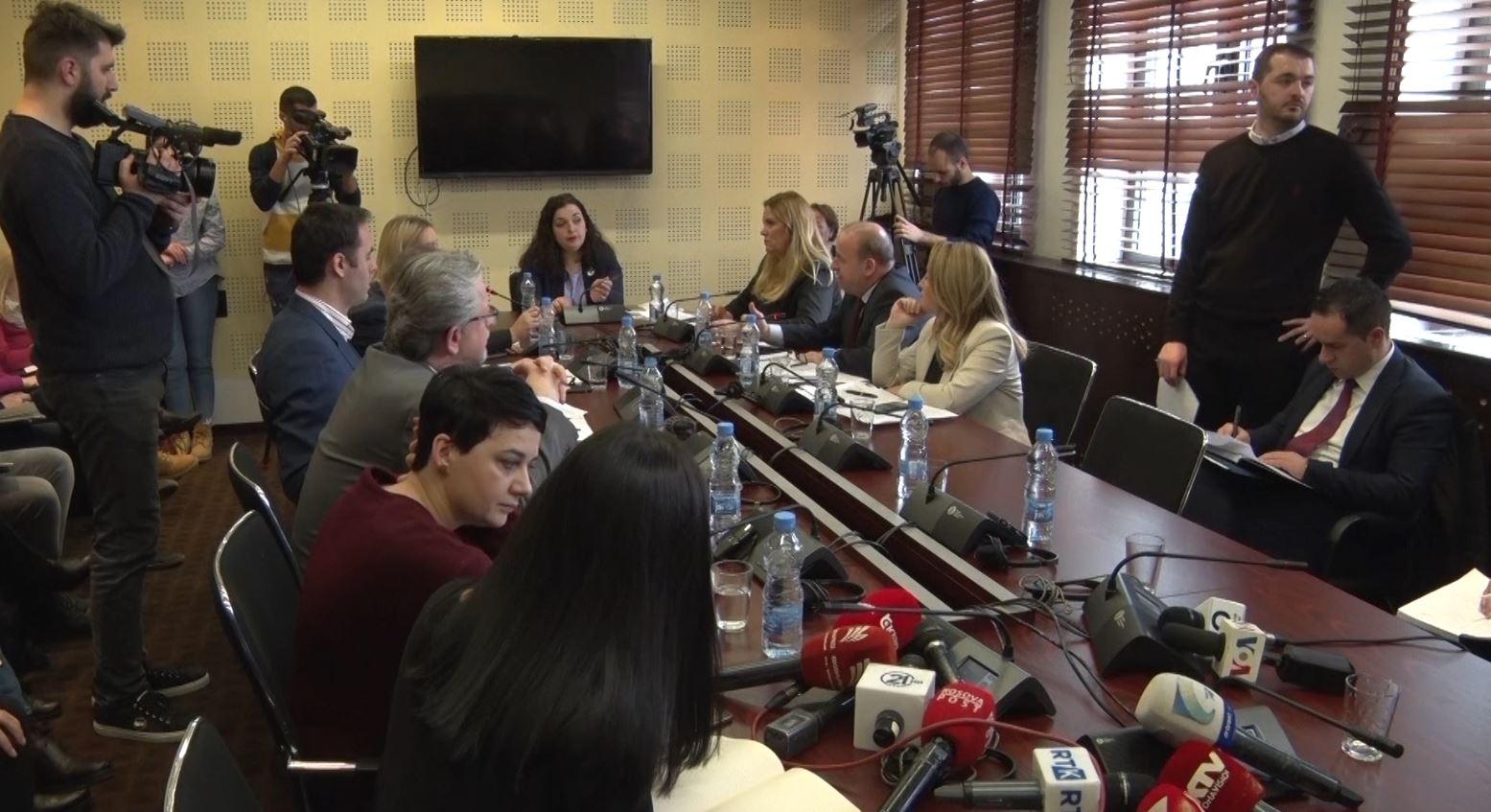 Platforma për dialogun dështon në Komisionin e Jashtëm
