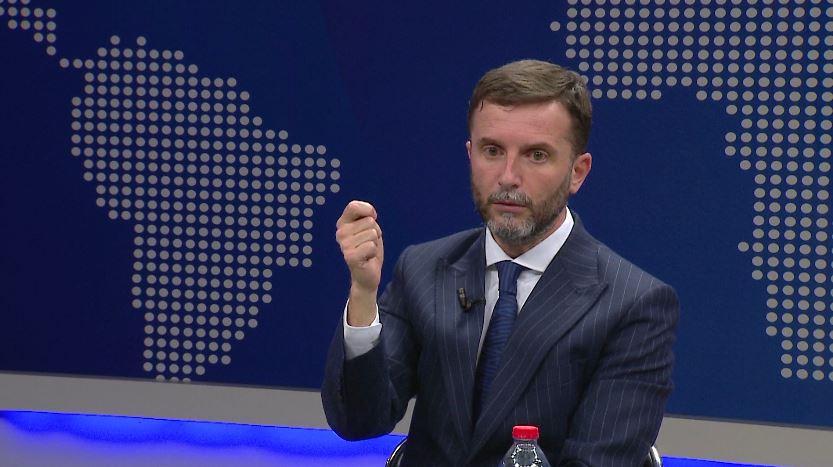 """""""Provat ja bëjnë muuuu…"""", Erion Braçe reagon për pushimin e çështjes ndaj Lulzim Bashës"""