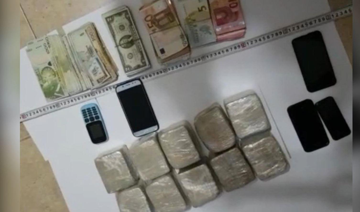 Sekuestrimi i 5 kg heroinë, gjykata lë tre persona në burg