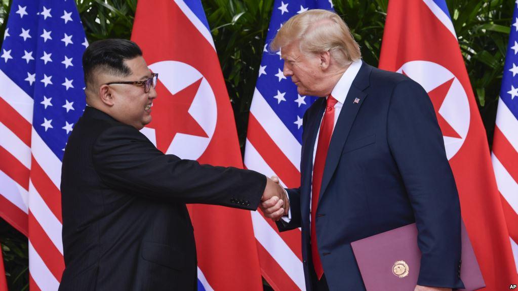 Trump fton Kim: Gati të takohemi në ish-zonën ushtarake