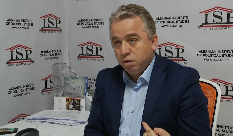 Shpallja e vakancave, Krasniqi: Marrëveshja do imponohet nga ndërkombëtarët