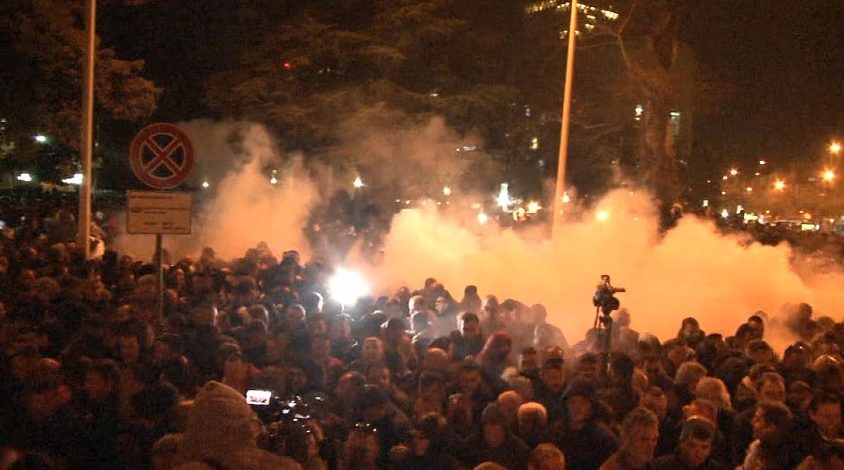 Policia ndalon protestën e radhës së opozitës, PD: Akt i paligjshëm