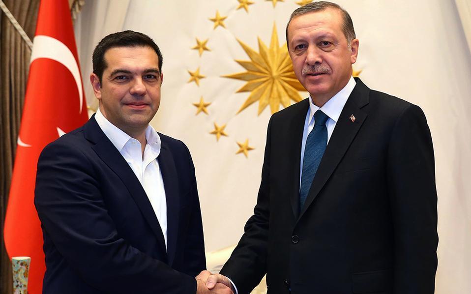 Tsipras në Turqi, pritet takimi me Erdogan