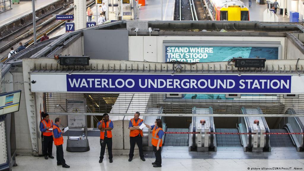 Angli, pako-bombë në aeroporte dhe stacionet e metrove