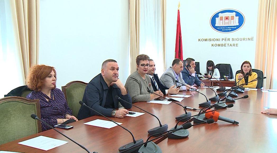 Debate në komisionin e sigurisë për lëvizjet në Policinë e Shtetit