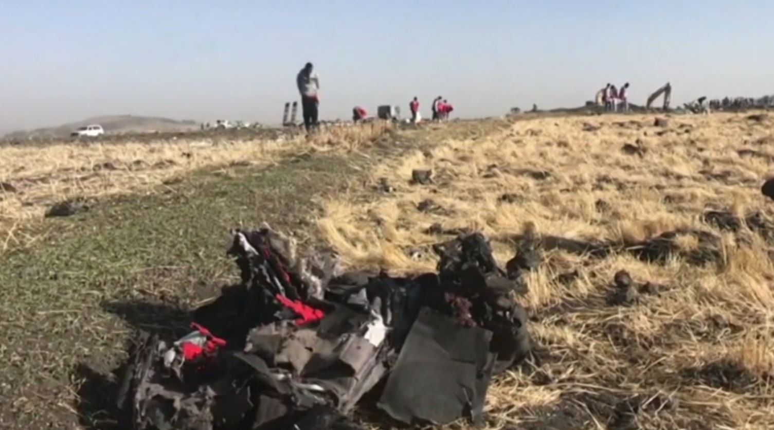 Rrëzimi i avionit në Etiopi, gjenden kutitë e zeza
