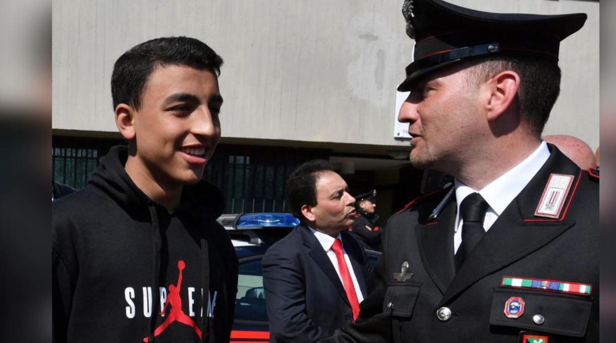13-vjeçari që shpëtoi shokët nga zjarri pritet si hero