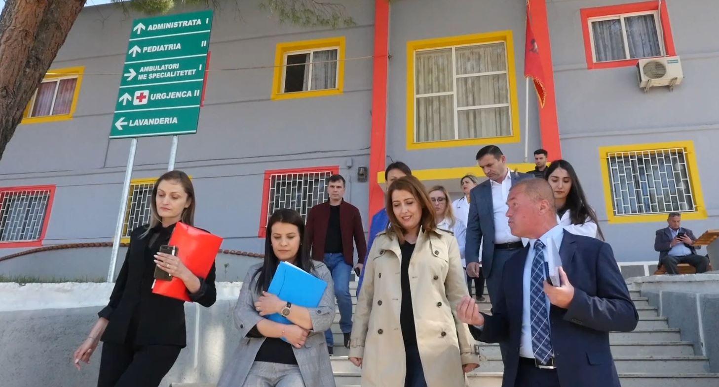 Në Spitalin e Kuçovës punësohen mjekë të rinj