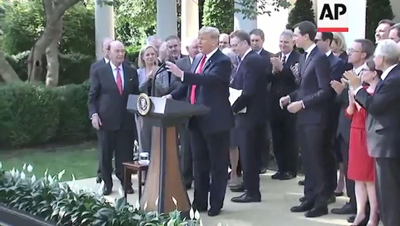 Rritet defiçiti tregtar, dështon plani i Trump