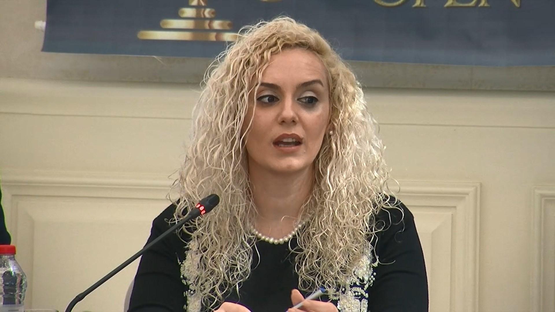 Analiza e gjykatës së Durrësit për 2018, Kryetarja: Të vonuar me dosjet