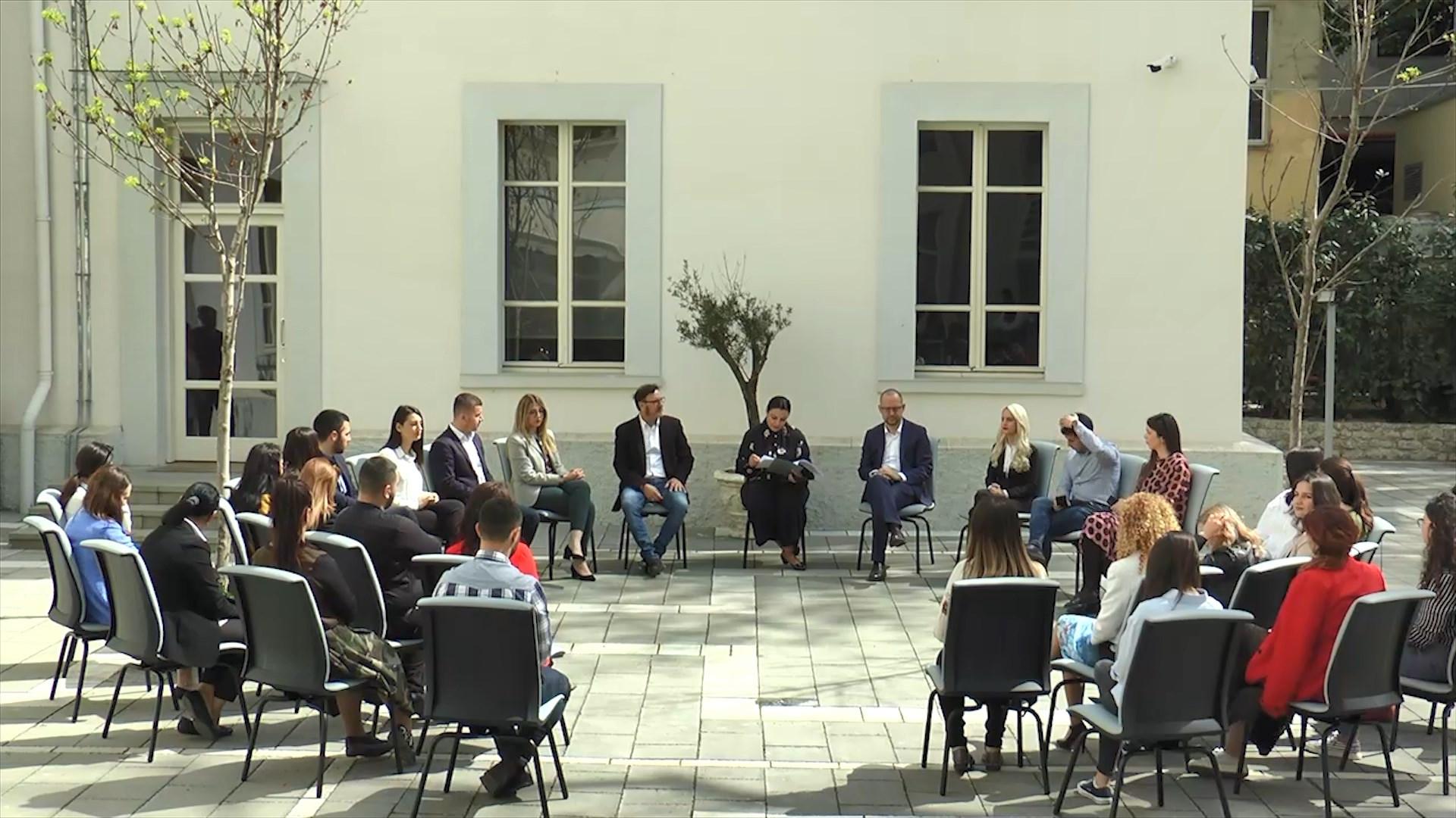 30 studentë të ekselencës bëhen pjesë e MIE