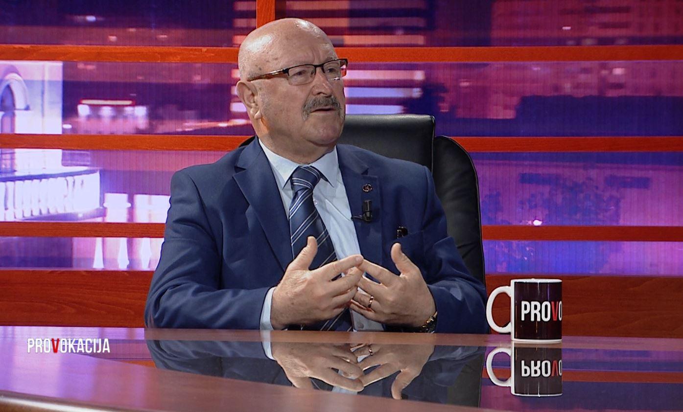 E dënoi regjimi, Bujar Kapexhiu: Në kombinat isha grevëthyesi
